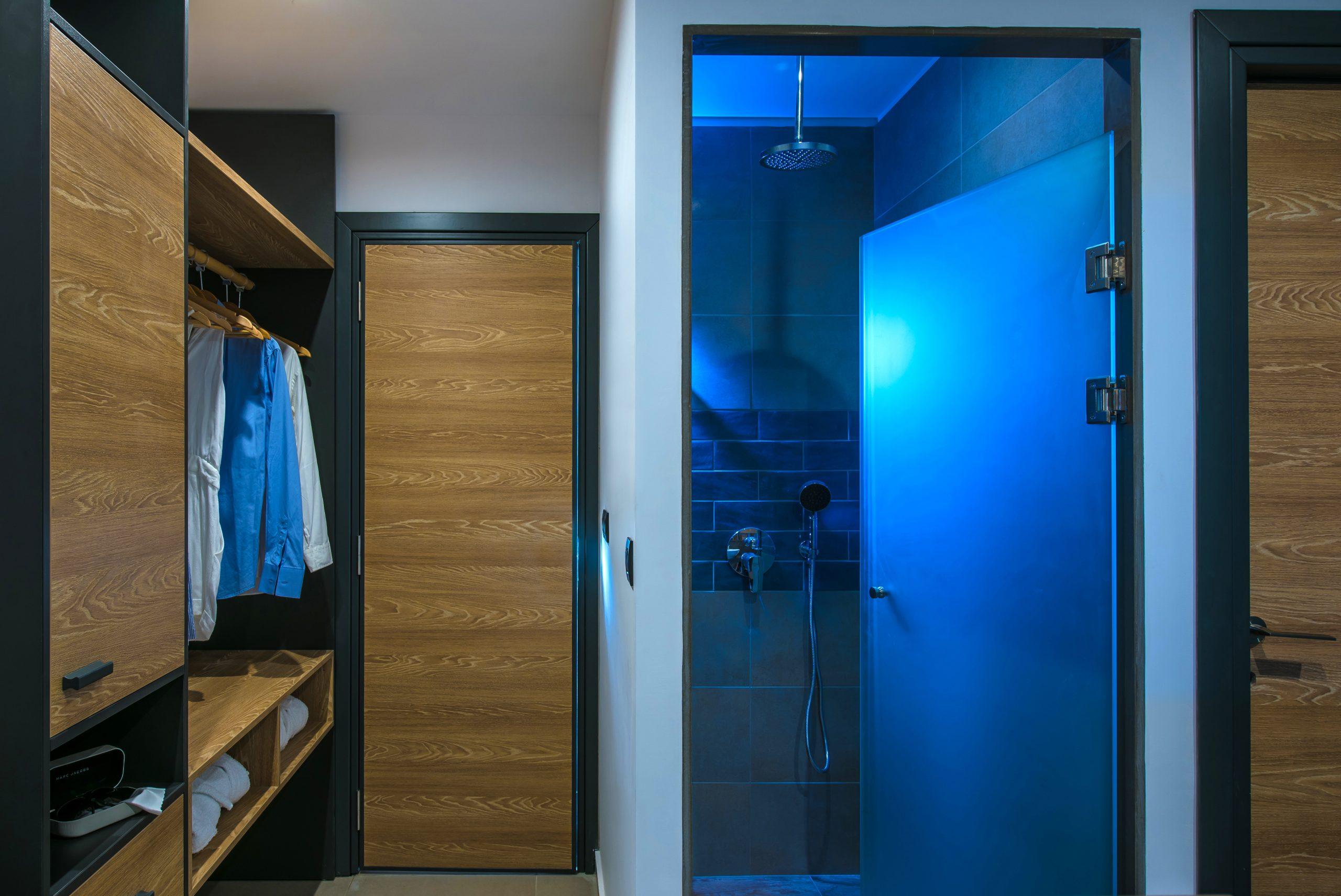 Superior double room with indoor jacuzzi